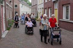Bewoners-Antoniegaarde-op-bezoek-LR